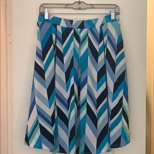 EUC LuLaRoe Madison Pleated skirt